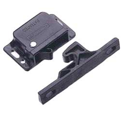 Southco Marine C3-805 Push-to-Close Latch, Pullup: 4.96 lbs. Sale $18.99 SKU: 14473086 ID# 202632-29218 UPC# 647801292182 :