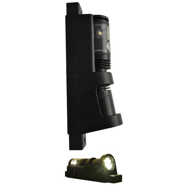 Deck Boat Navigation Lights: SIGNAL MATE 225° LED Navigation Light, Masthead/Steaming
