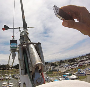 Taking a picture of rigging hardware with a smartphone