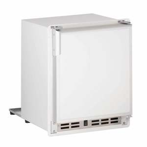 "15"" White Marine Crescent Ice Maker, 115V"