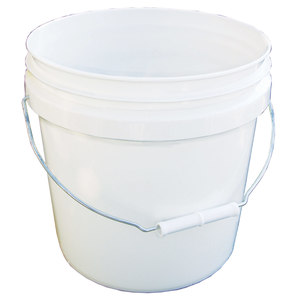 2 Gallon Utility Bucket