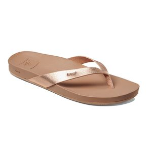 5b1568631ef951 Women s Cushion Bounce Court Flip-Flop Sandals. REEF