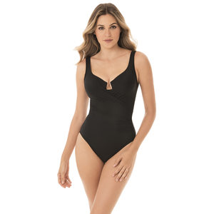 Women's Must Haves Escapes One-Piece Swimsuit