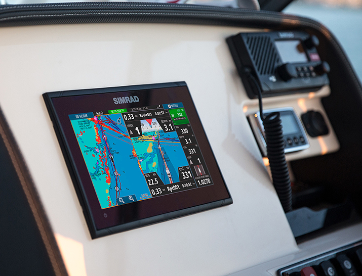 GO9 Chartplotter on boat Dashboard