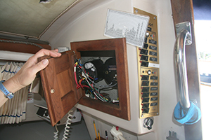 Marine DC Wiring Basics | West Marine on