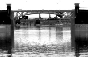 Bridge clearly visible at night using thermal imaging